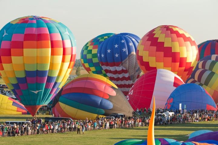 The International Balloon Festival of Saint-Jean-sur-Richelieu Starts ThisWeekend